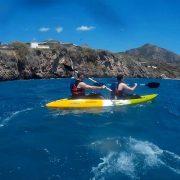 chicas haciendo kayak cabraloca